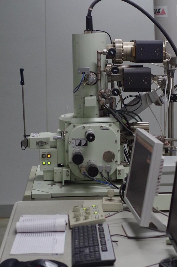 场发射扫描电镜